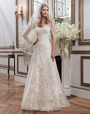 8788 Venice lace A-line emphasized by a sweet