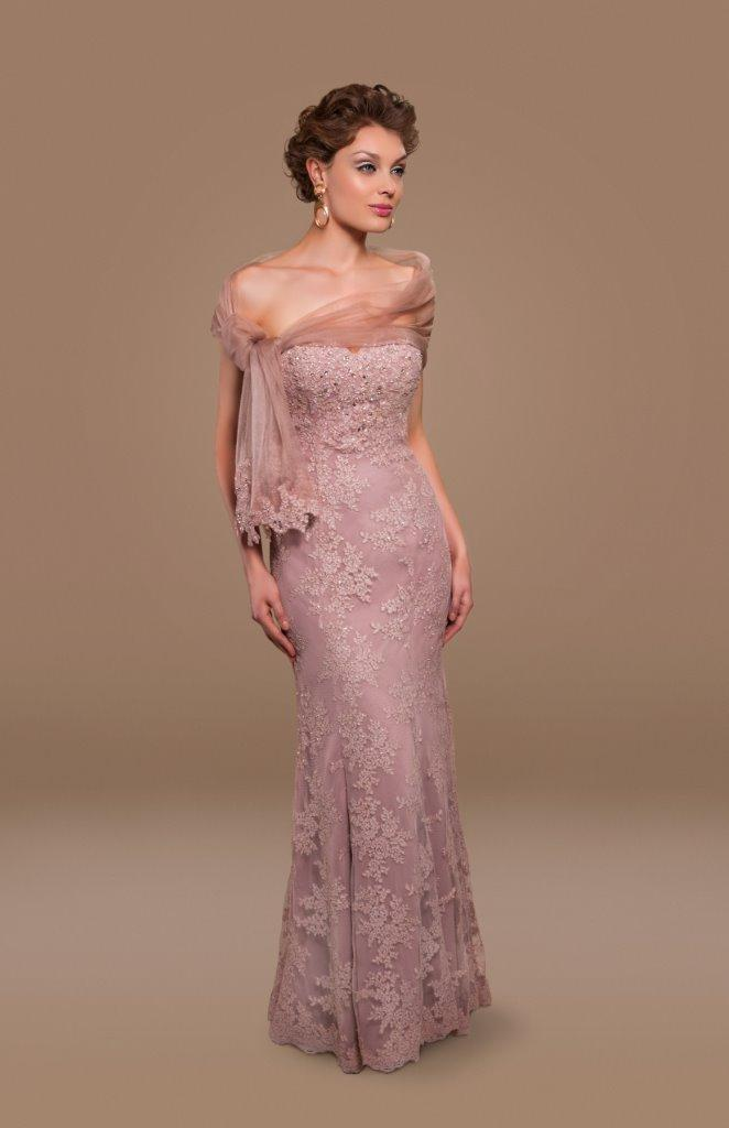 Elegant gown with applique accents