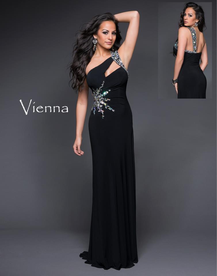 Vienna Prom by Helen's Heart