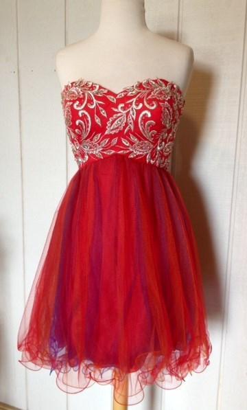 Fun flirty homecoming/formal dress