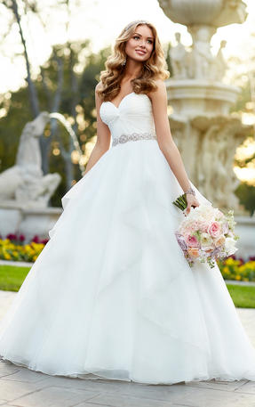 DESIGNER WEDDING DRESS BALL GOWN
