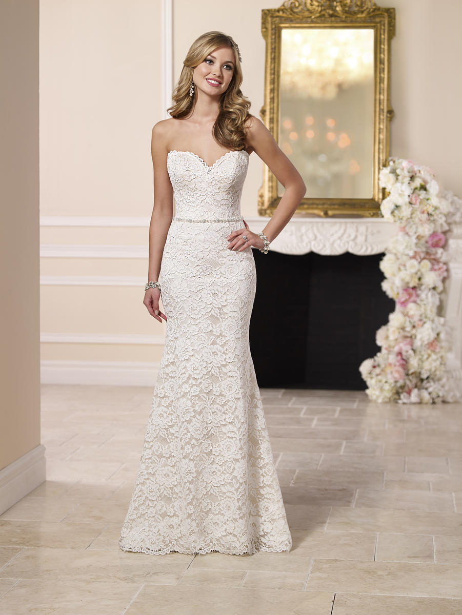 ROMANTIC LACE OVER SATIN WEDDING DRESS