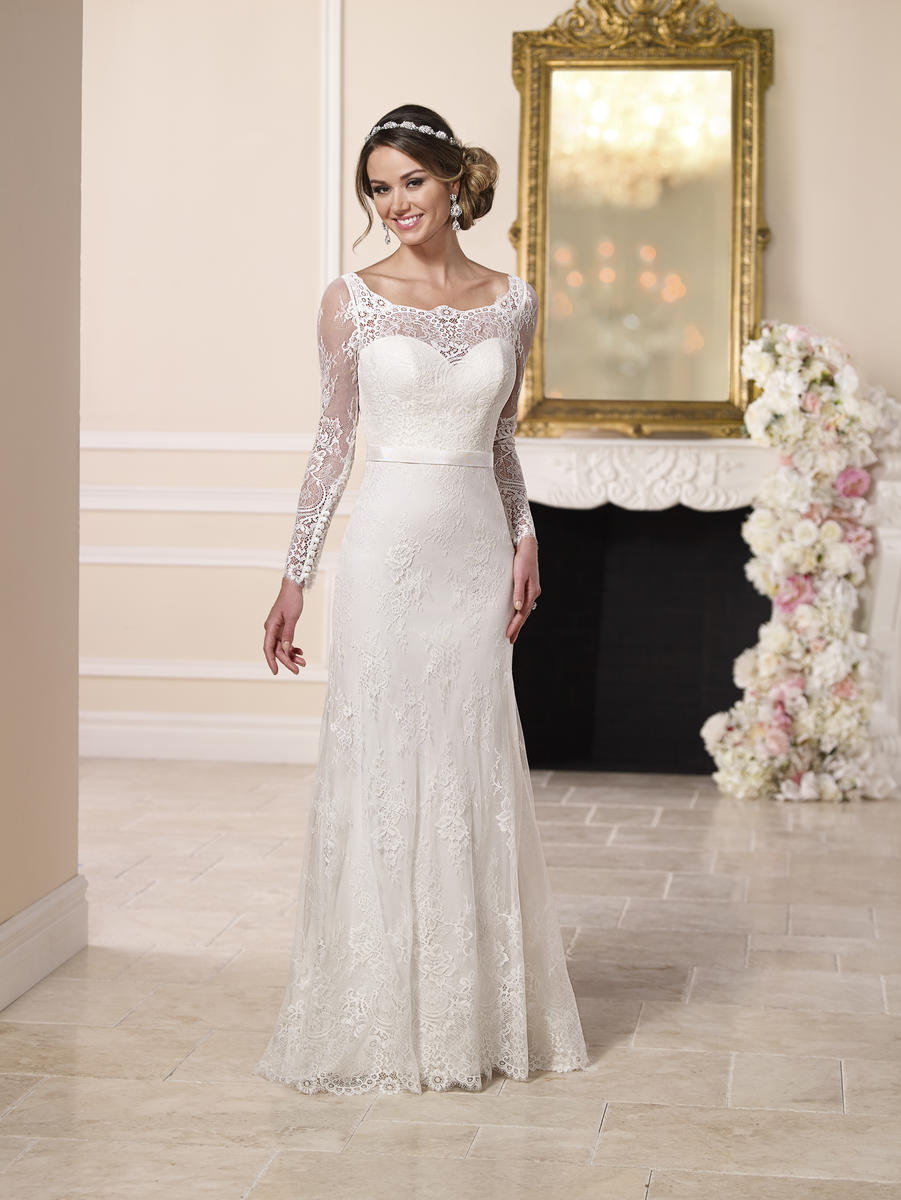 ELEGANT ILLUSION NECKLINE WEDDING DRESS
