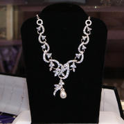 72808 NECKLACE