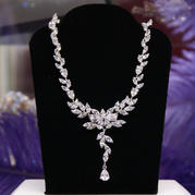 72823 NECKLACE