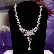 72923 NECKLACE