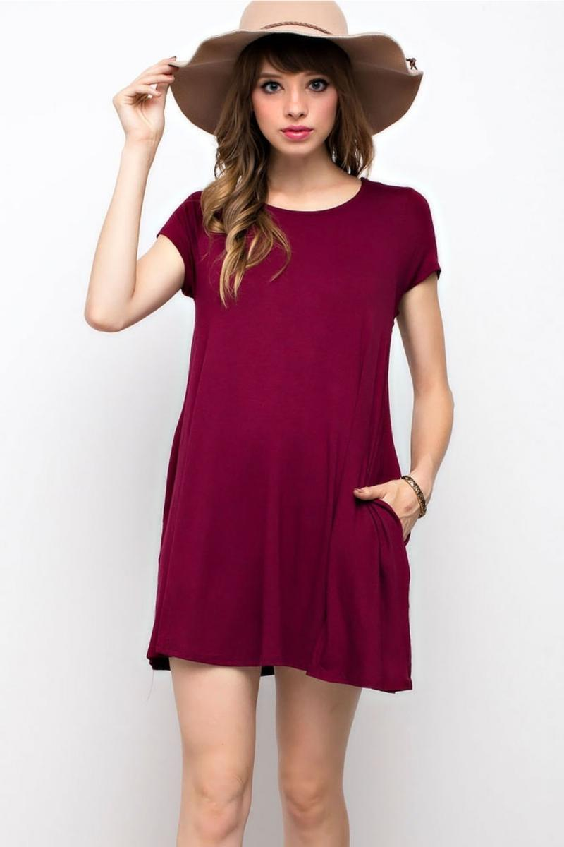 SOLID TRAPEZE KNIT POCKET DRESS